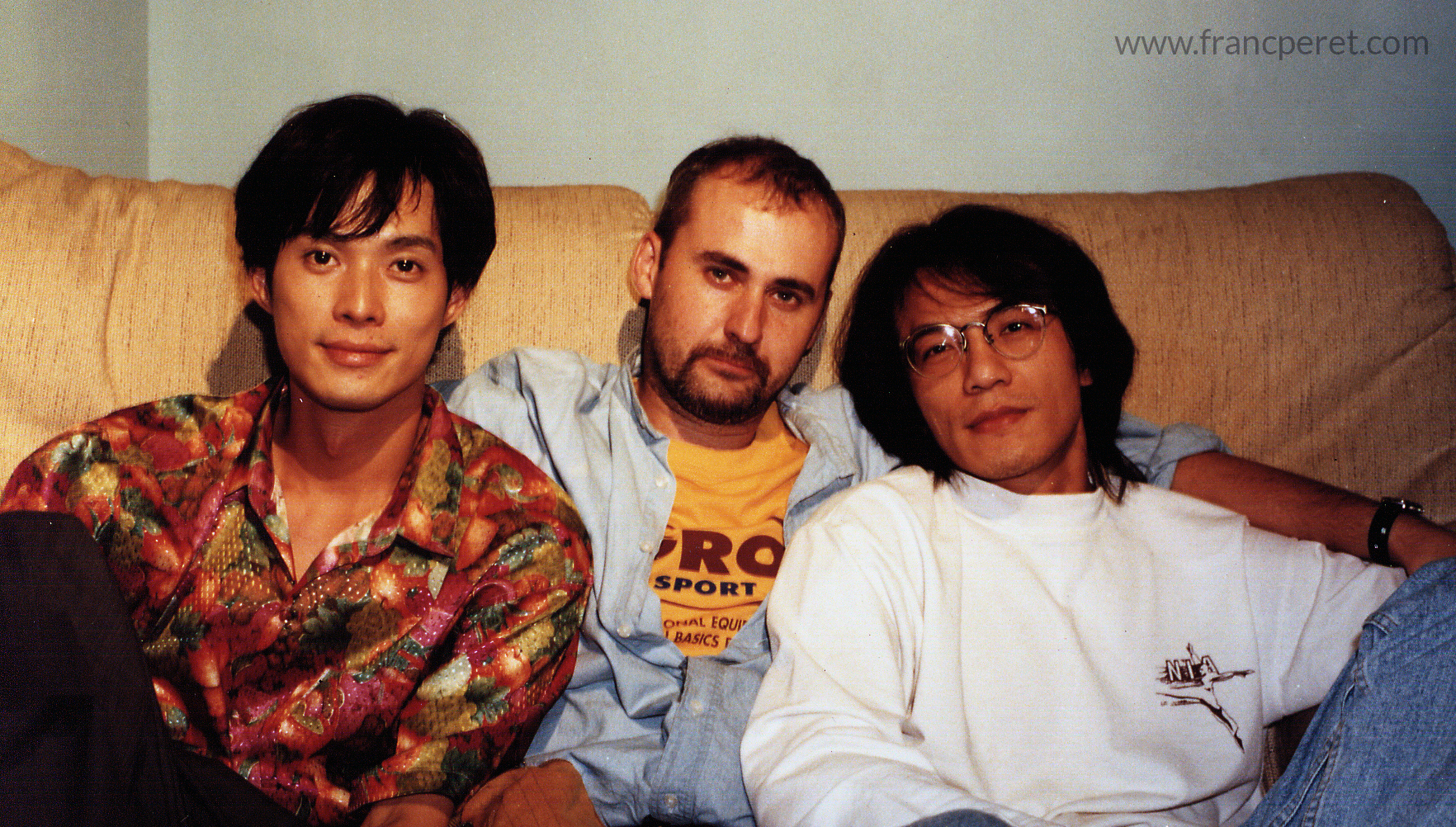 1995: I am sitting between Dai Li Ren and Kevin Lin who just played the role of Qong Li cousin in Temptress Moon and he join Dai Li Ren on the shoot of a short film.