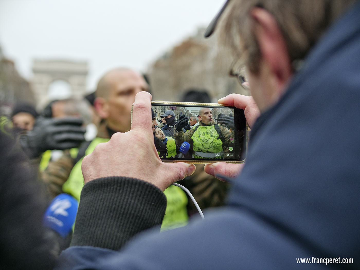 More importantly, many protesters holding a smart phone were able to record events never shown by official medias.